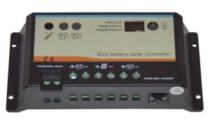 regolatore solare di carica pwm 10a 12 24v per due
